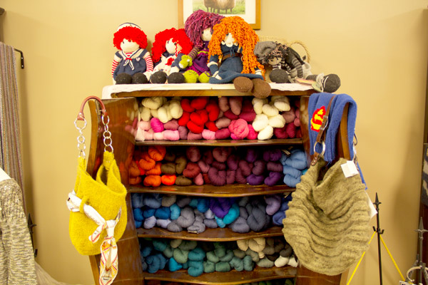 colorful-yarn-knitting-lessons
