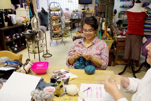 knitting-happy-hour2