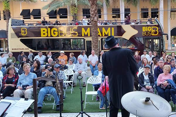 Jazz-in-the-gables2