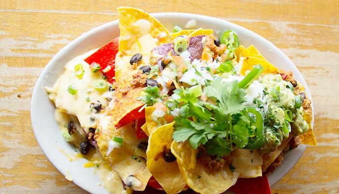 The-Bar-chicken-chili-nachos