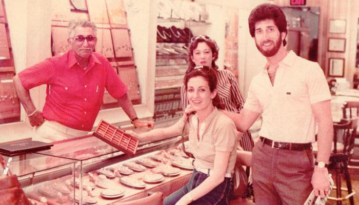 GeorgeInStore-1970s-jaes-jewelers-store