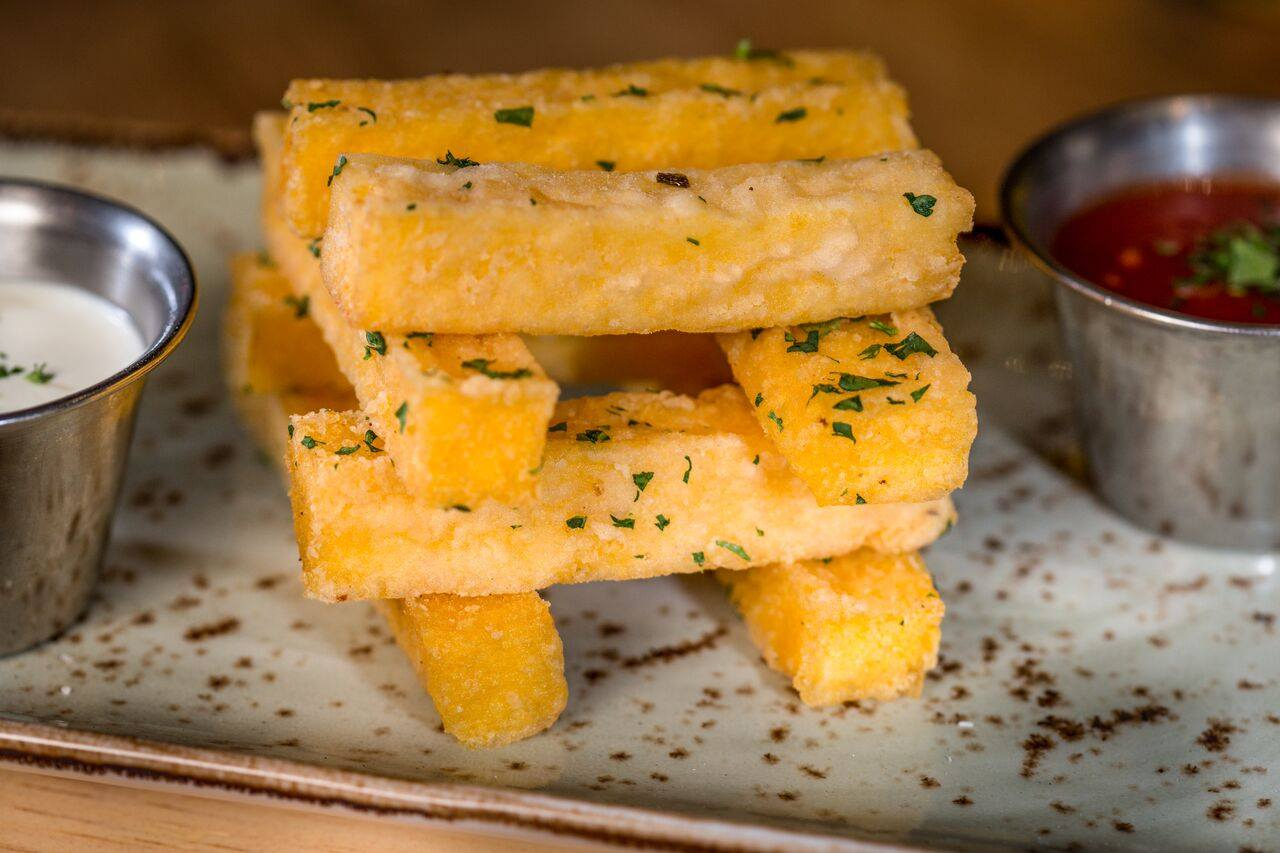 Cibo Winebar Coral Gables Polenta Fries. Click to read more or pin and save for later! Miami | Coral Gables restaurant