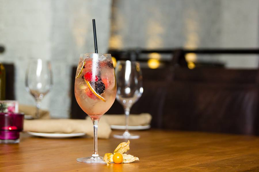 Cibo Winebar Coral Gables Sangria Frizzante. Click to read more or pin and save for later! Miami | Coral Gables restaurant