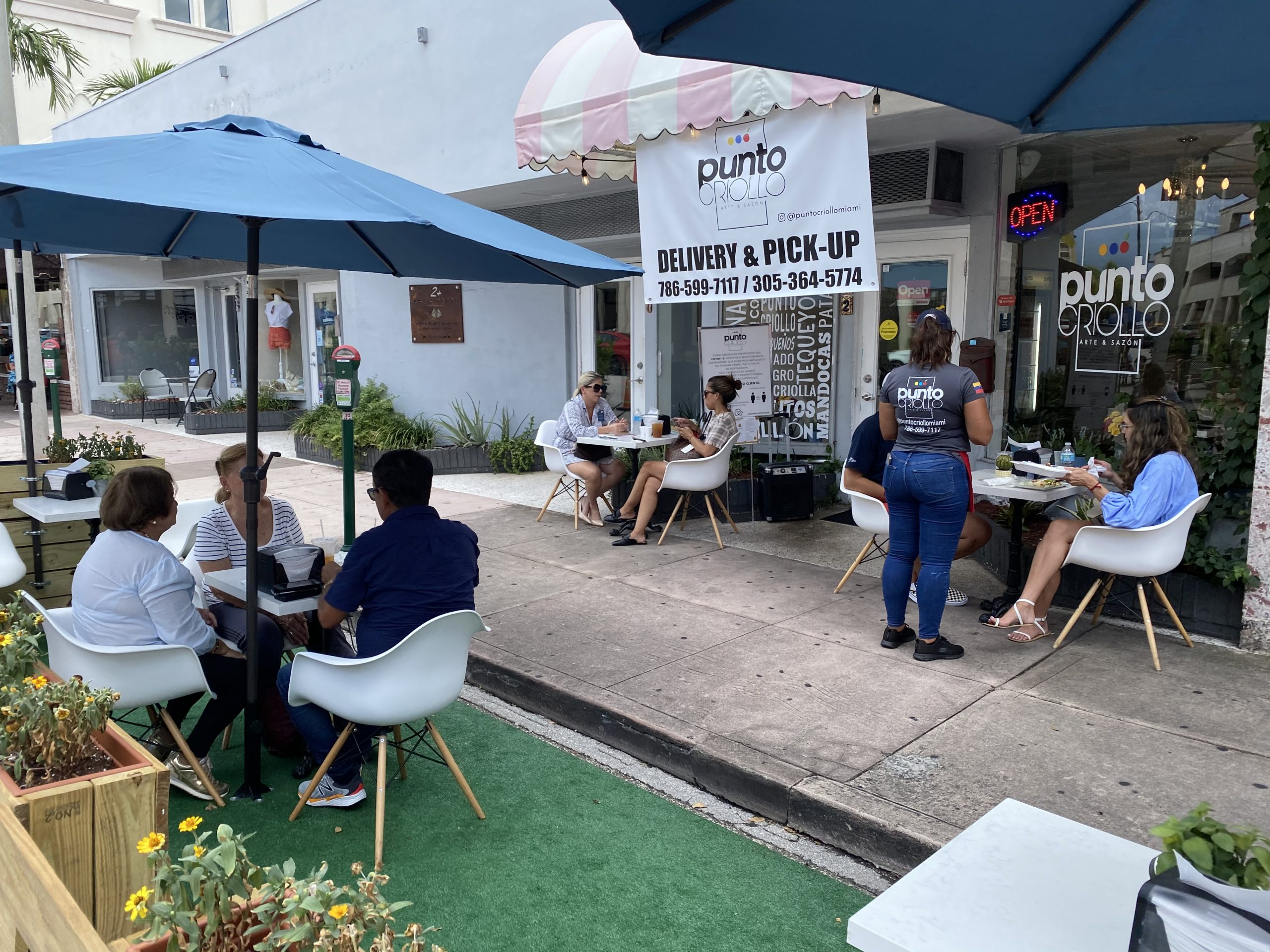 Punto Criollo Outdoor Seating only Venezuelan restaurant in Coral Gables, Florida