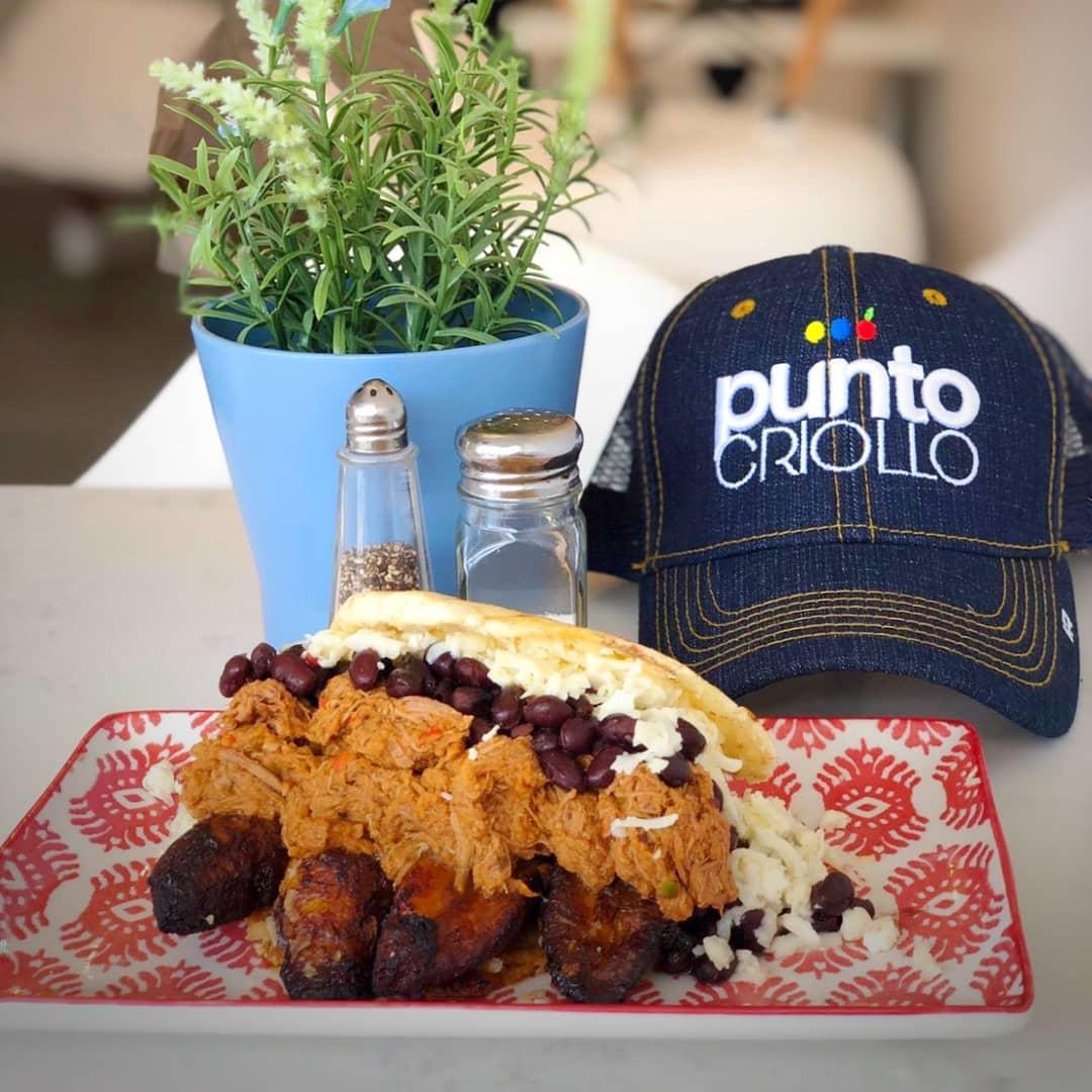 Punto Criollo Arepa rellena only Venezuelan restaurant in Coral Gables, Florida
