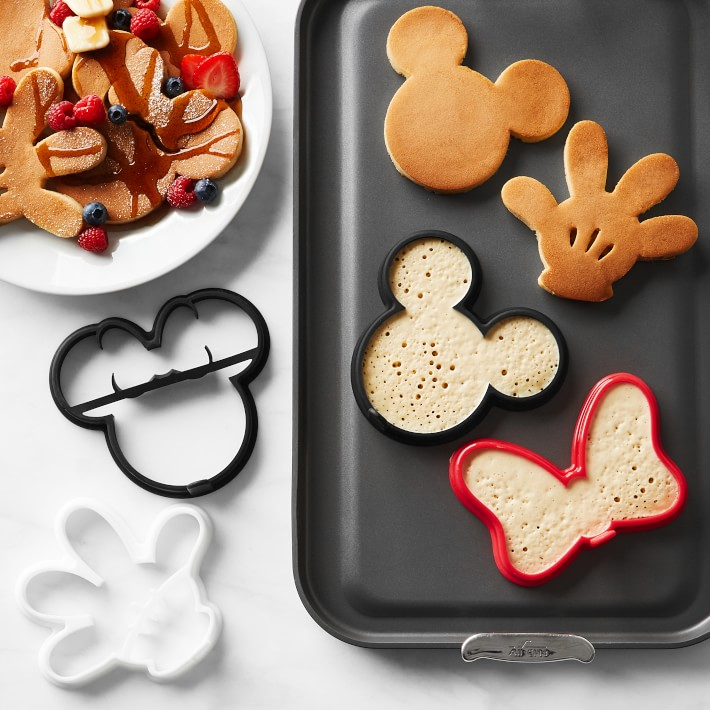 Best Cooking Gifts mickey mouse pancake molds
