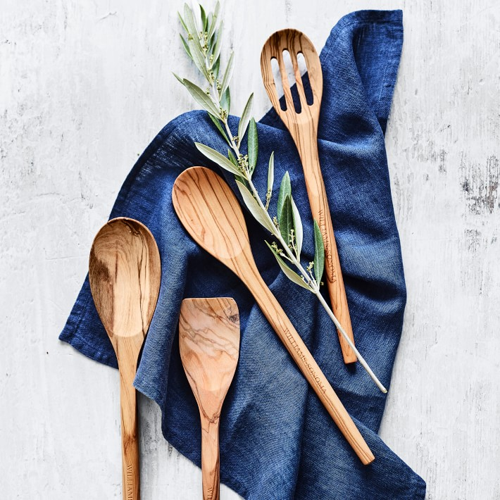 Best Cooking Gifts olivewood sppons set of 4