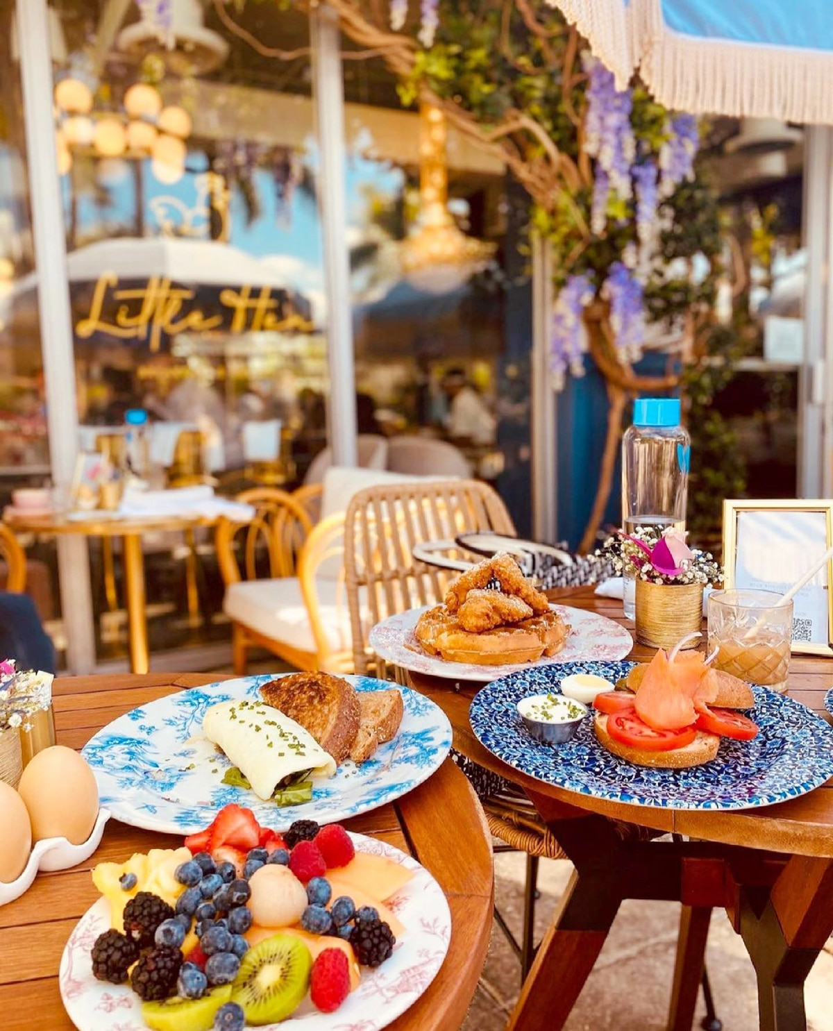 Miami Brunch Hostspot Little Hen in Midtown Miami with Instagrammable location and food